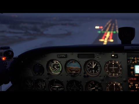 IFR training - ILS approach - 51 knot cross wind at Fix - Flying - ATC audio