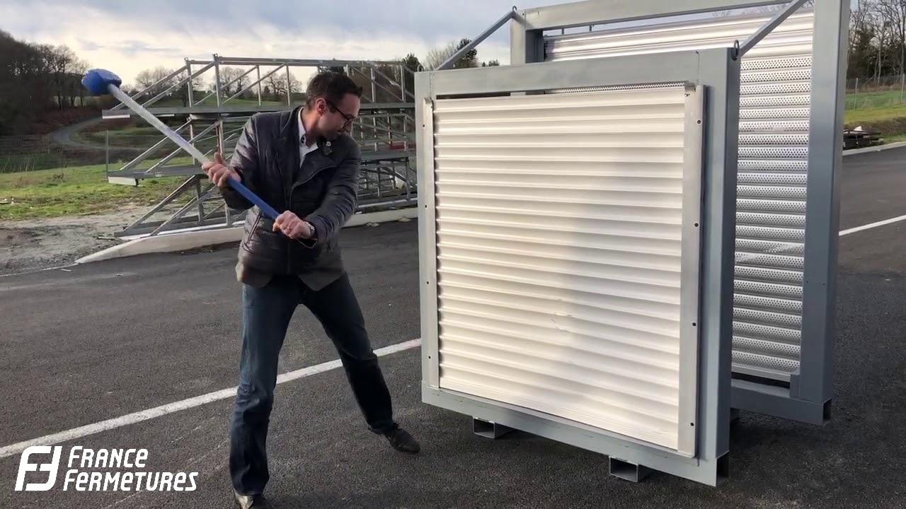 Crash Test Porte De Garage Qalio Qompact Youtube