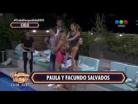 Las chicas de Despedida de solteros festejaron en topless saltando en la pileta