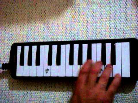 istiklal marşı melodika ile çalınışı