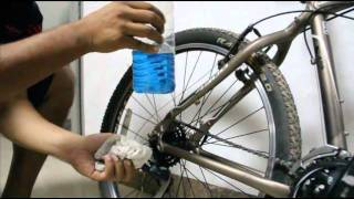 BDCyclists Tutorial - Lubing Gear Cable