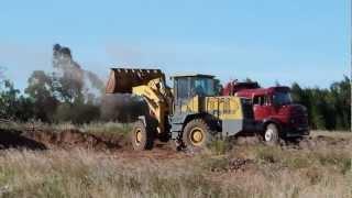 Destrucción de un pastizal y terrenos sedimentarios en Santa Ana, Entre Ríos, AR.
