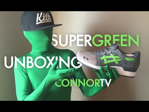 3fb6d0d811ef GREEN MAN UNBOXING YEEZY BOOST OR ASICS SUPER GREEN  CONNOR TV Prank Review  - YouTube