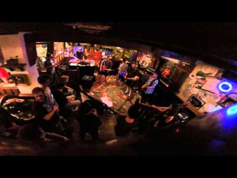 ChroniC - Mainswitch (Live at Rickys Pub 19/09/2015)