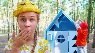 Шикарный ДОМ в лесу!!! Дети построили ОГРОМНЫЙ ДОМ!!!