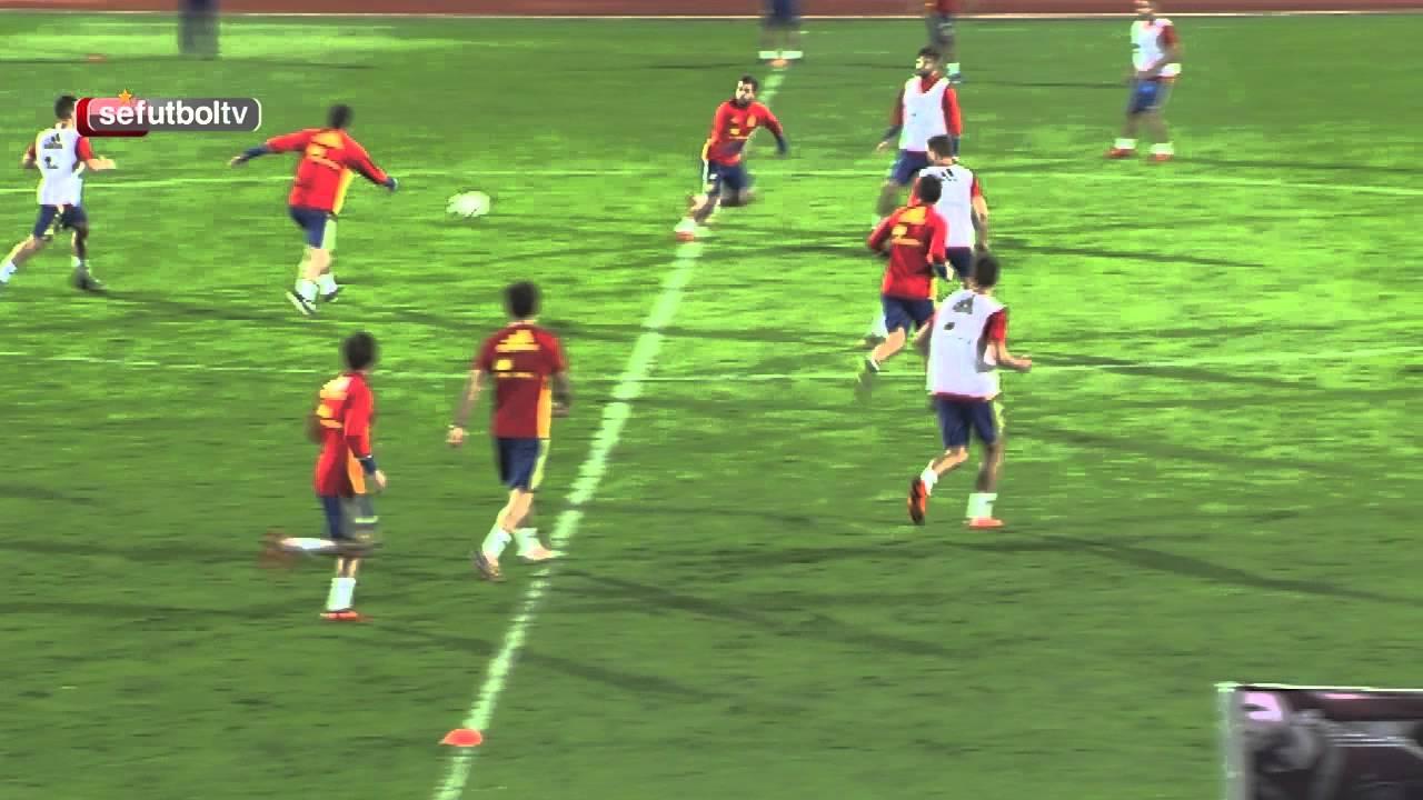 Barcelona's Jordi Alba finishes off wonderful team goal in Spain training