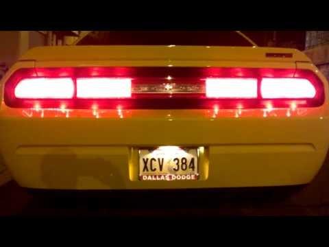 Dodge Challenger SRT8 Flowmaster American Thunder Super 40 Series Start Up