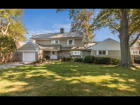 Real Estate Video Tour | 81 Echo Bay Dr, New Rochelle, NY 10805 | Westchester County, NY