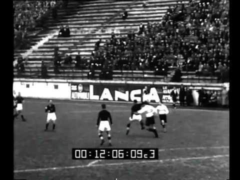 Roma. Incontro di calcio Roma - Budapest si è concluso con la vittoria della Roma per 4 -2.