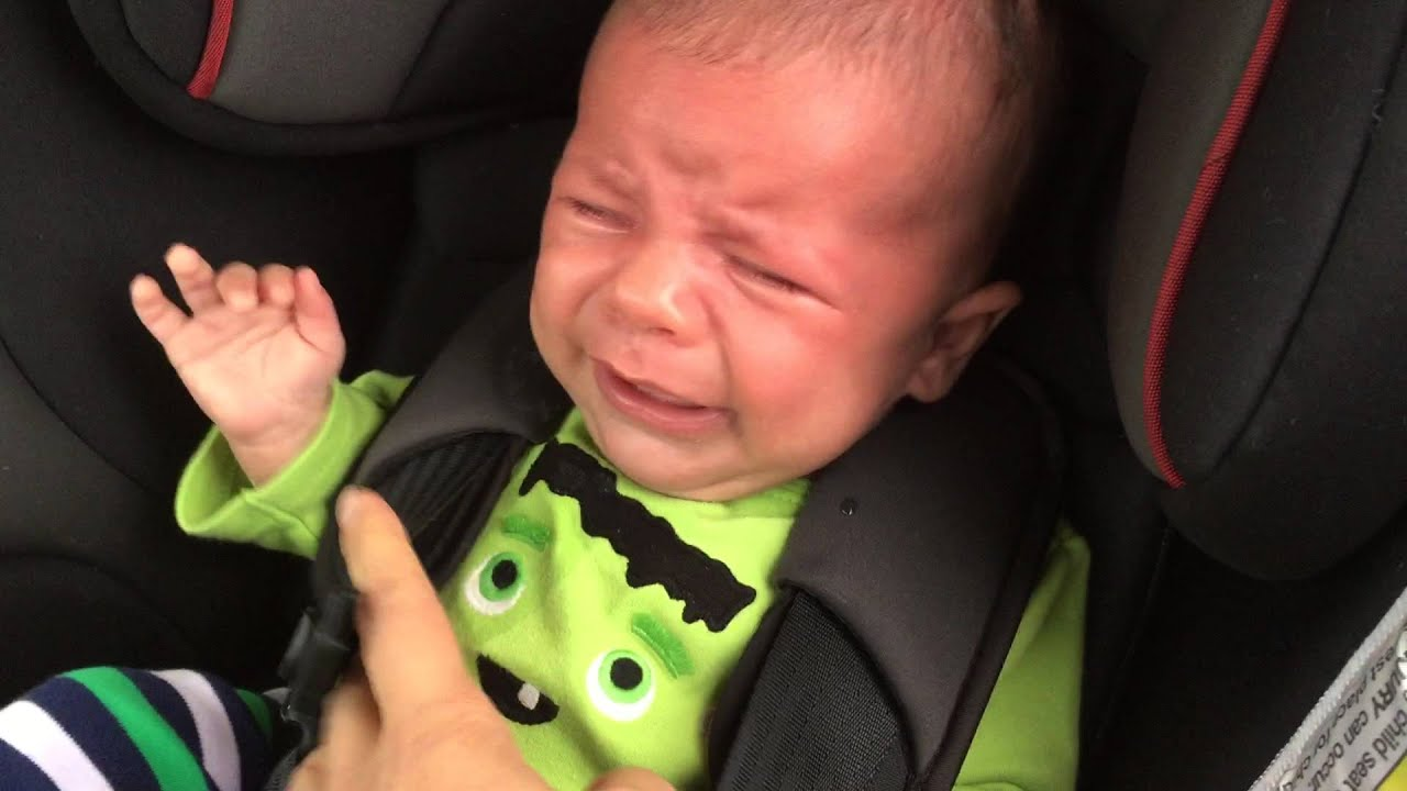 How To Keep A Baby From Crying In Car Seat