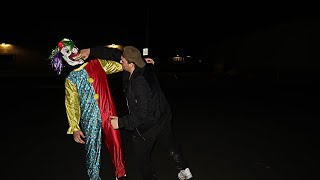 Video I CAPTURED THE KILLER CLOWN AT 3 AM WHILE CLOWN HUNTING AND I KNOCKED IT OUT! *I BEAT UP THE CLOWN!* download MP3, 3GP, MP4, WEBM, AVI, FLV Oktober 2018