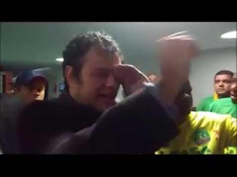 Deputado atingido com spray de pimenta pela Polícia Legislativa presta queixa