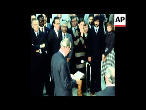 SYND 24 12 77 POLISARIO RELEASED HOSTAGES RETURN TO PARIS