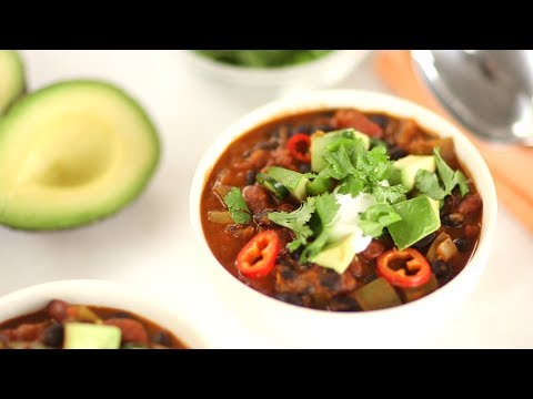 Quick Vegetarian Chili- Everyday Food With Sarah Carey