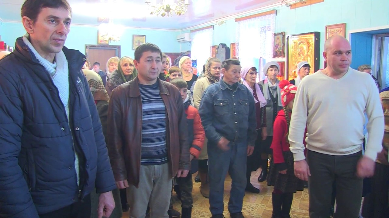Епископ Иоанн провёл праздничное богослужение в Быково