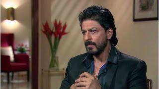 রাতে যে কাজটি না করলে ঘুম আসে না শাহরুখ খানের, জেনে নিন !! | Secrets of SRK !!