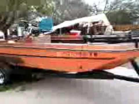 1975 monark boat youtube for Monark fishing boats
