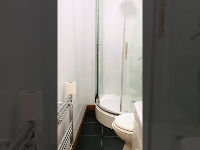 Double Ensuite Single Room In Renovated House M18 Main Photo