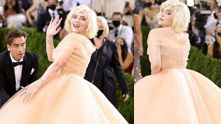 BILLIE EILISH ON RED CARPET AT THE MET GALA 2021IN A MARILYN MONROE-INSPIRED BALL GOWN