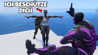 Boy became OPFER of MOBBER, I protect him with RECON EXPERT and that happened. (Fortnite)
