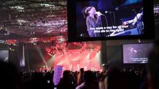 Misty Edwards sings Shine Like the Stars@ OneThing