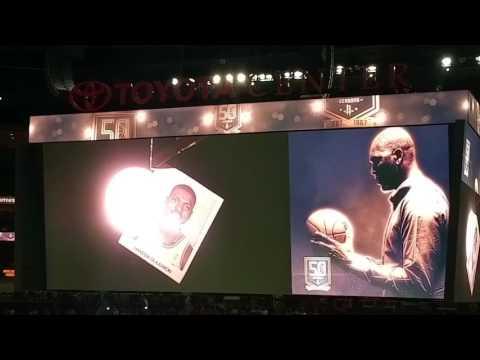 Rockets pay tribute to Hakeem Olajuwon