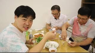 Khi Cha mẹ, chú chồng Hàn Quốc lần đầu ăn Hột Vịt Lộn, thật hồi hộp