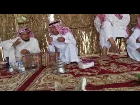 الراوية محمد بن علي الشرهان في مخيم العقيلي الخالدي .