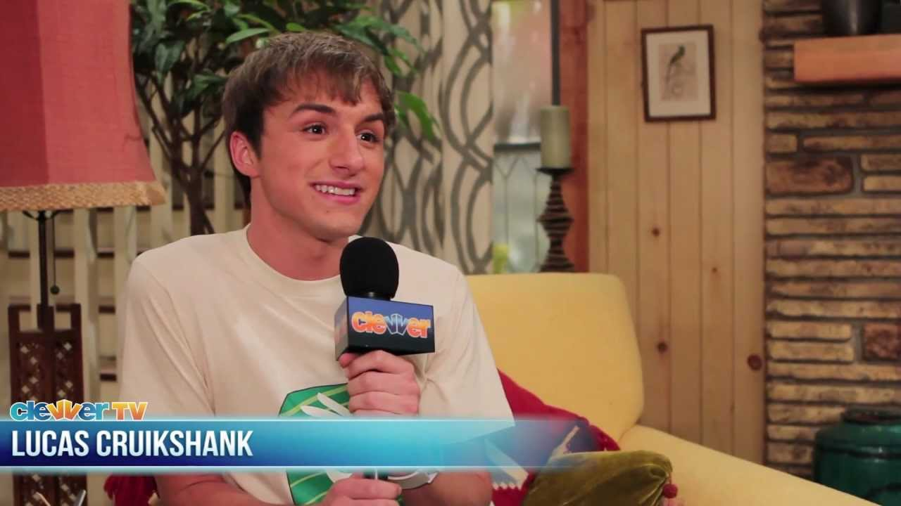 """Download On Set of """"Marvin, Marvin"""" with Lucas Cruikshank"""