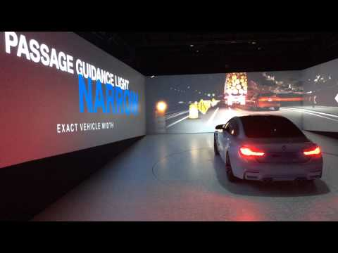 BMW M4 CONCEPT ICONIC LIGHTS SHOW - Car Watch