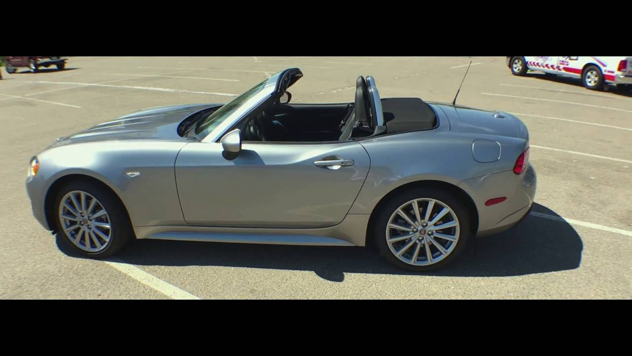 quick look 2017 fiat 124 spider lusso and abarth media. Black Bedroom Furniture Sets. Home Design Ideas