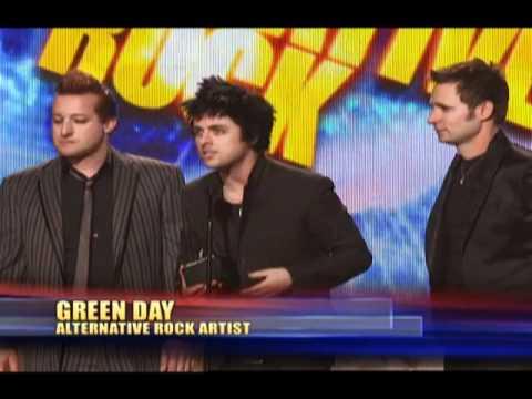 Green Day Wins Favorite Alternative Rock Artist - AMA 2009