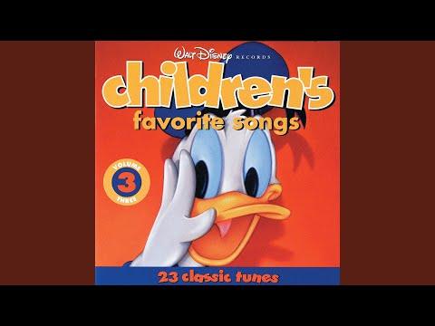 Nursery Rhyme Medley -- Baa, Baa, Black Sheep / Sing A Song Of Sixpence / Old King Cole