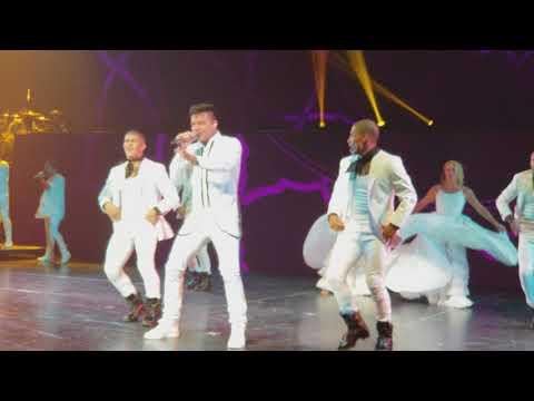 Ricky Martin 4k Pegate/La Mordidita (All In) Park Theater at Monte Carlo, Las Vegas 09/15/2017
