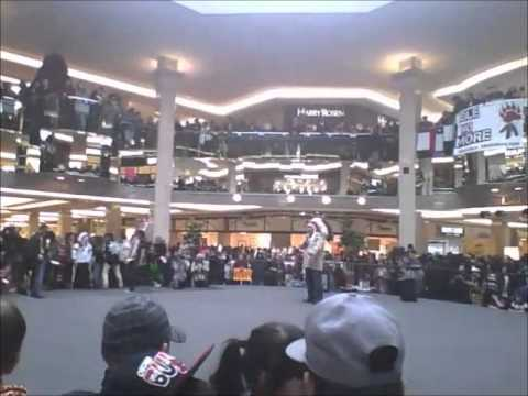 Idle No More West Edmonton Mall ( Grand Entry )