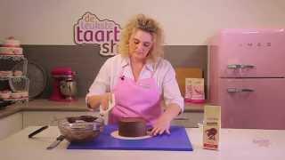 Taart decoreren met chocolade ganache