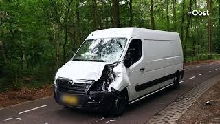 Ernstig ongeluk met motor en bestelbus in Zwolle