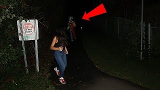 Video I SAVED HER FROM THE KILLER CLOWN | WE WENT BACK TO WHERE THE KILLER CLOWN SIGHTINGS WERE!! *INSANE* download MP3, 3GP, MP4, WEBM, AVI, FLV Oktober 2018