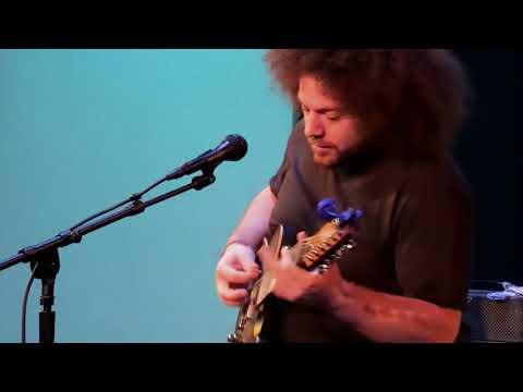 Chapman Guitars Clinic : Rabea Massaad plays at Alvas #1