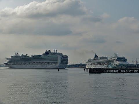 Ship fire disrupts Cruise Ships in Southampton Docks - 25/05/2018