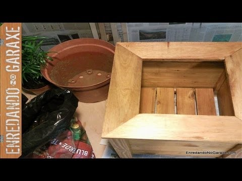 Como hacer un macetero con madera reciclada de palet 2 for Como hacer una piscina con palets