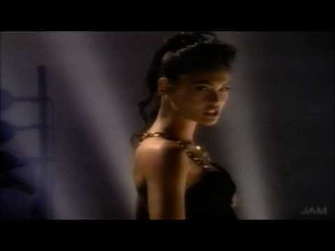Tia Carrere  Ballroom Blitz Wayne's World HD