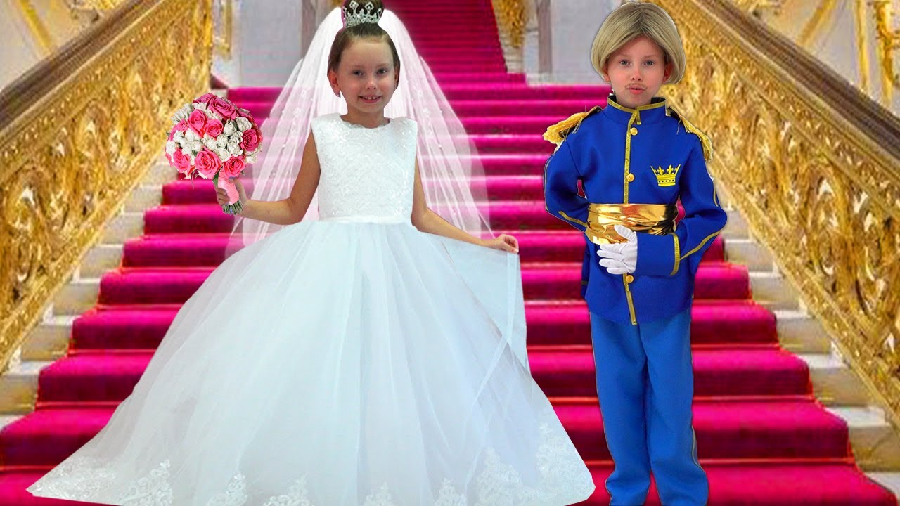Alice dress up in new princess dress & dreams of a Prince
