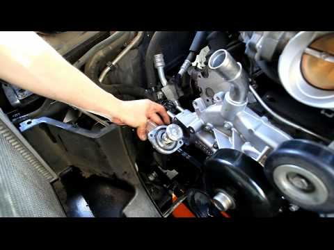 2000 2006 Gmc Yukon Waterpump With Thermostat Remove And Install