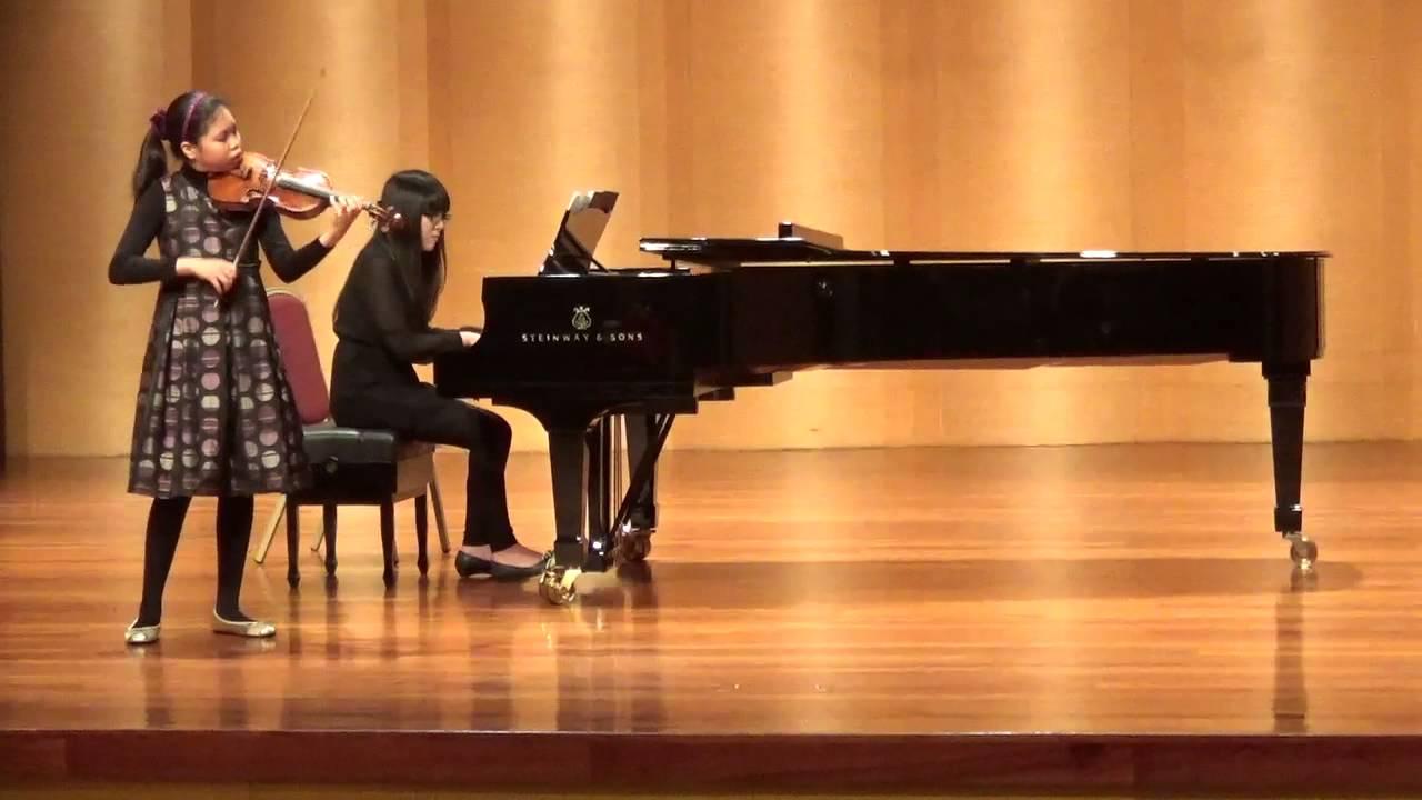 臺灣絃樂團第十一街小提琴比賽-少年組第一名黃觀頤 - YouTube