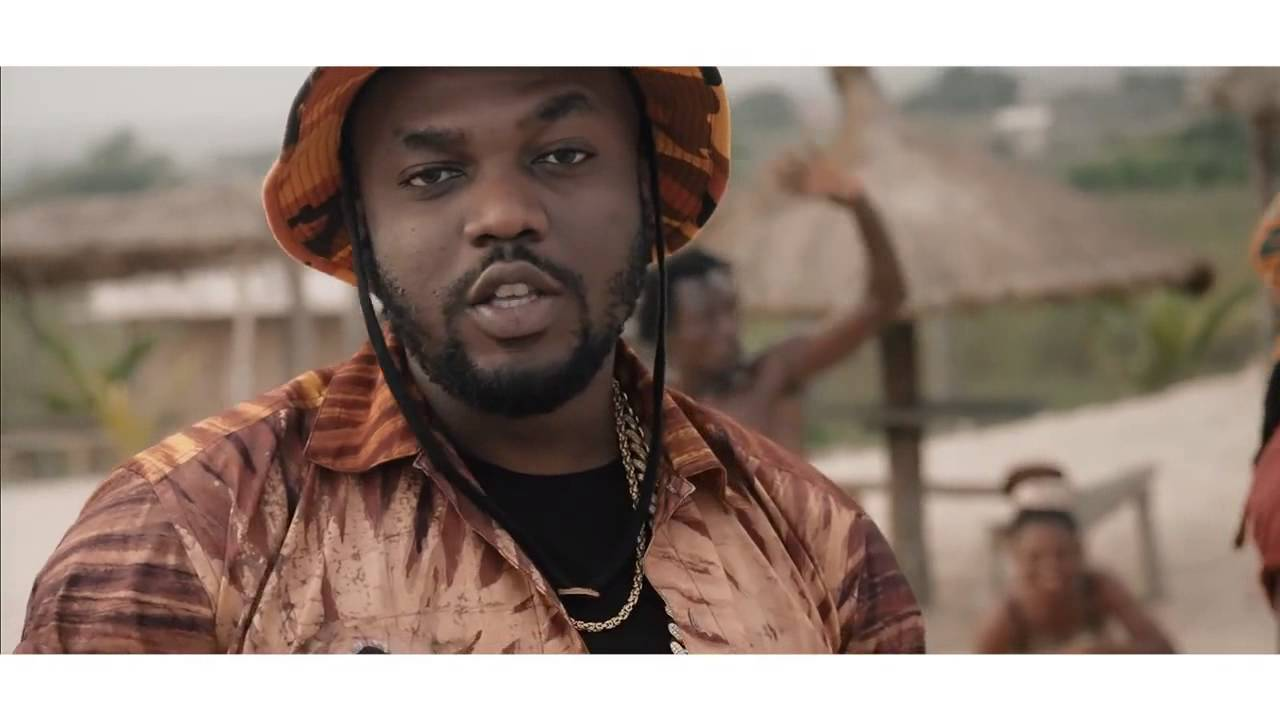 R2Bees - Lobi (Official Video)