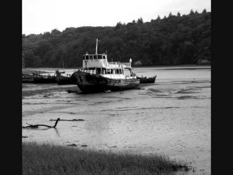 Decouvertes urbex - Cimetiere de bateaux de Kerhervy (Lanester, 56)
