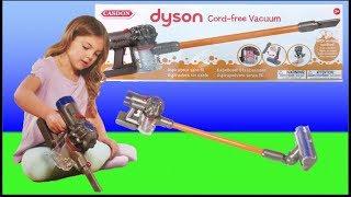 Casdon Toy Dyson V8 Cordless vacuum #unboxing Vs the Real Dyson V8