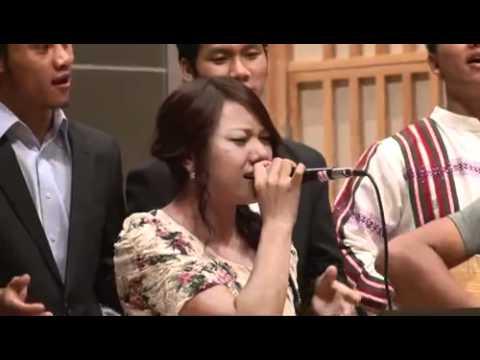 Milla Dawt Hniang- Hosanna acoustic cover (Hillsong United)