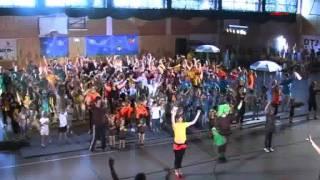 Die Kinder-Turn-Show in der Turnhalle des Uecker münder Gymnasium--5.flv
